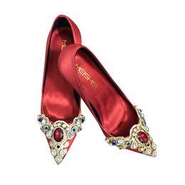 Talons aiguilles rétro en Ligne-Grande taille 33-41 rétro chaussures de mariage tribunal style femmes montrent kimono chaussures talons aiguilles chaussures de mariée en satin 106