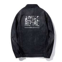 2019 più la giacca ricamata di formato Plus Size 5XL 6XL 7XL 8XL Uomo Giacca di jeans Moda ricamato nero risvolto giacche casual e cappotti uomo 2019 primavera nuovo sconti più la giacca ricamata di formato