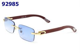 2019 óculos de sol de lentes roxas Óculos de sol sem aro designers de marcas homens mulheres óculos búfalo branco Chifre Óculos moldura de madeira vermelho azul verde amarelo claro roxo lente com caixa