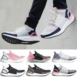 Ultra boost 45 online-Adidas Boost ultraboost 19 2019 Scarpe da corsa ultra per uomo Donna Oreo REFRACT True Pink Scarpe da ginnastica Dark Dark Dark Pixel Trainer 36-45
