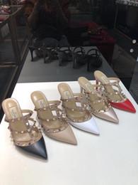 Zapatillas de oveja online-2019 venta caliente de las mujeres de tacón alto 9.5 CM Valen remache alpargatas zapatos sandalias casuales Sheep zapatillas de cuero Flip Flop 34-41