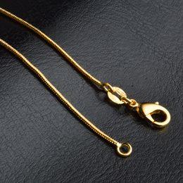 Wholesale Cadenas de serpientes Collares Diseños lisos mm K chapado en oro para hombre Moda para mujer Accesorios de joyería DIY Regalo con corchete de langosta pulgadas