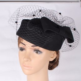 2019 i capelli piegano i veli Fascino in lana 100% nera di alta qualità con base ad arco di alta qualità con cappelli da cocktail a pois e veli da sposa sconti i capelli piegano i veli