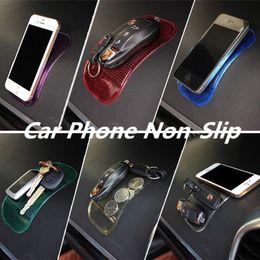 Tecla mat online-Coche mágico antideslizante estera GPS Coin Key Key Holder Dashboard Pad Sticky Holder teléfono Gel de silicona coche Sticky Pad HHA188