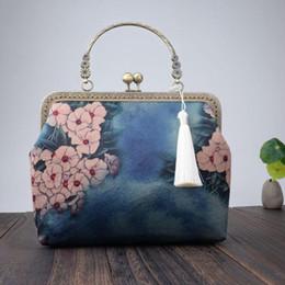 bolsa china china Rebajas Bolsa Johnature estilo chino cheongsam hecho a mano de la mujer bolso de 2020 nuevo retro floral totalizadores banquetes Damas Mini bolsos de hombro de la cadena
