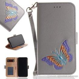 Cajas del teléfono celular de la mariposa online-W Teléfono celular de mariposa pintado a mano Funda para billetera Ranura para tarjeta Botones magnéticos en relieve de mariposa de colores Fundas para teléfono para iPhone Samsung