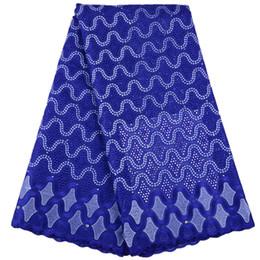tessuto pizzo nigeriano blu royal Sconti Royal Blue 2019 Ultime Nigerian Laces Tessuti di alta qualità in cotone africano lacci tessuto francese abito da sposa in pizzo A1523