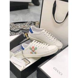 Argentina 2020 nuevos zapatos deportivos pareja QY casuales de alta calidad de diseño zapatillas de deporte de los calzados informales de los hombres de lujo de las señoras de lujo Suministro