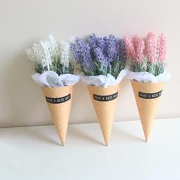 Sahne-lavendel online-2019New Ins Auto Ornamente Lavendel Eistüte Auto Innendekoration Zubehör Wohnzimmer Schlafzimmer Geschenk Schießen requisiten