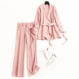 2019 trajes de gasa blazers Breve traje de chaqueta de color rosa para mujer oficina lade chiffon blazers + pantalón largo conjunto de dos piezas trajes elegantes nuevo 2019 primavera verano rebajas trajes de gasa blazers