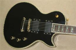 Guitare électrique LTD Deluxe avec corps noir, corps en ormeau, couleur, côté coquille EMG ? partir de fabricateur
