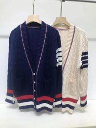 2019 suéter de un color de punto 2019 Otoño Invierno Nuevo suéter de lujo para mujer Tejido de moda Top de lujo Suéter de diseño para mujer Pull Femme Solid V-Neck Talla única S-XL suéter de un color de punto baratos