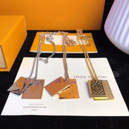 versilberter figaro Rabatt Designer Halskette Zähler Limited Edition Tag Halskette 2019 Luxus Modeschmuck Stahl Vakuumüberzug 18 Karat Real Gold Kreative Plaid Poring