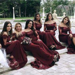 Borgogna sirena abiti da damigella d'onore spalla maniche lunghe in pizzo abiti da damigella d'onore formale abiti da sposa economici per gli ospiti su misura supplier burgundy lace bridesmaid dresses da abiti da damigella d'onore in pizzo bordeaux fornitori