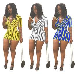 t-shirt mit v-ausschnitt Rabatt Sommer Frauen Striped Print Riemen Overall Einfarbig Tshirt Tops Tiefem V-ausschnitt Kurzarm Streetwear Strampler Hosen Clubwear 2019 C41604