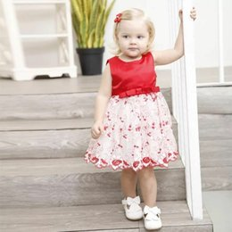 Canada Robes De Fête D'anniversaire Infantiles Filles Heureux Couleur Rouge Arc Mignon Princesse Vêtements Soie Glissante Bébé Fleur Vêtements cheap infant silk dress Offre