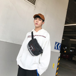 2019 teléfono de estilo coreano japonés bolsa de mensajero del hombro versión coreana de los hombres del bolso de hombro del estilo de la calle japonesa simple teléfono móvil de la personalidad rebajas teléfono de estilo coreano japonés