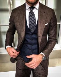 2019 jaqueta de smoking marrom Duas Peças Marrom Dos Homens Ternos Fomal Ocasião Herringbone Tweed Terno Blazer Jacket Smoking Ternos Do Noivo Para O Lazer Casuais (Jaquetas + Calças) jaqueta de smoking marrom barato