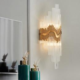 2019 klare glas lampenschirme Moderne LED Kristall Wandleuchte Hochwertige Klarglas Lampenschirm Wandleuchte Für Wohnzimmer Hängen Gold Innenbeleuchtung Wandleuchte günstig klare glas lampenschirme