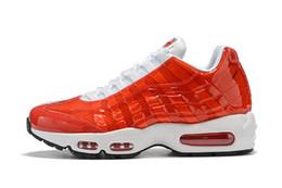Chaussures 95 Nuevos deportes para mujer para hombre Negro Blanco Rojo clásico entrenador del amortiguador de aire de la superficie transpirable zapatillas de deporte de los zapatos corrientes 36-46 C002f18c # desde fabricantes