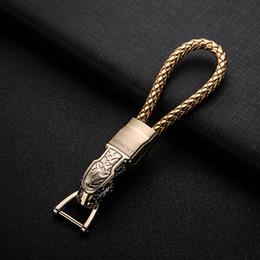 2019 caja de teclas fiat Hebilla clave famosa de la manera llavero hecho a mano de lujo de la marca de coches llavero Hombre Mujer bolsa colgante del encanto K03
