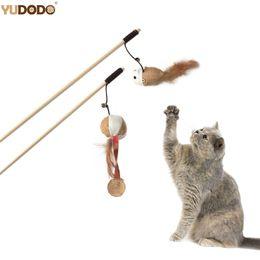 gato llevó la pluma Rebajas Gato juguetes interactivos Juego de Formación alimentos para mascotas divertido pluma del rasguño del gato del gatito Teaser palillo de bola del ratón Gatos Juguete