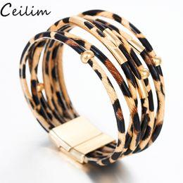 braccialetti eleganti per le donne Sconti Braccialetti di cuoio del leopardo della Boemia per i braccialetti d'avanguardia del braccialetto degli uomini delle donne 2019 Braccialetto largo del polsino dell'involucro fatto a mano elegante del multistrato