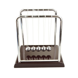 Pendolo oscillante online-Pendolo quadrato Newton 5 palle swing colpire la palla Sport e accessori esterni fisicamente colpire la palla Balance Ballf piccole grandi dimensioni