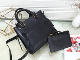 besten klassischen handtaschen Rabatt TOP Best Selling Classic Damen Lederhandtasche Designer Schultertasche Star mit der gleichen Umhängetasche Große Kapazität