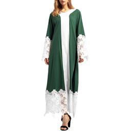 2019 mulheres abaya de algodão Belas Mulheres Muçulmanas Abaya Vestidos de Renda Patchwork Com Decote Em V Algodão abaya para as mulheres de Verão de Manga Longa Vestidos Soltos F300308 desconto mulheres abaya de algodão