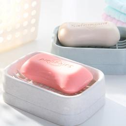 cajas de viaje de jabón de plástico Rebajas Envío gratis Hot Camellia caja de jabón desagüe creativo cubierta de viaje caja de jabón baño aseo plástico doble caja de jabón