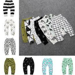 Harem ropa para niños online-Polainas para niños ropa de diseñador para niños niños bebés bebés pantalones pantalones Unisex harem pantalones ropa niños panda leggings Medias 2479