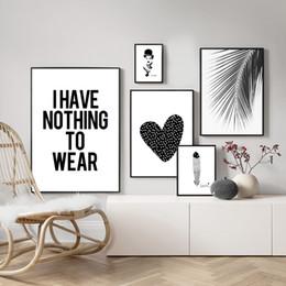 imagens de heart art Desconto Pintura Da lona Decoração Da Casa Nordic Preto Branco Coração Folha De Palmeira Feather Pictures Cópias Da Arte Da Parede Cartaz Para Sala de estar Modular