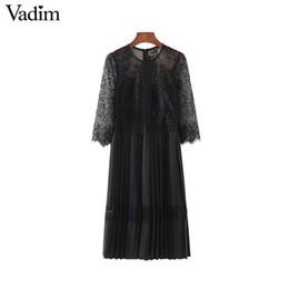 voir à travers une robe moulante en dentelle noire Promotion Vadim femmes sexy dentelle patchwork en mousseline de soie midi robe voir à travers creux sur plissé femme casual robes noires robes QA482 Y190424