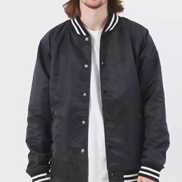 2019 piccolo uomo di stringa 18fw piccola stringa ricamo modelli di coppia più giacca di velluto giacca da baseball uniforme uomo e donna cappotto di moda di alta qualità Hfbyyrf055 piccolo uomo di stringa economici