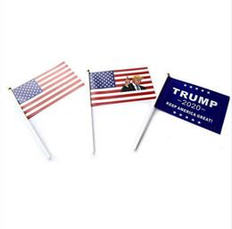 Drapeau de main de 21 cm en Ligne-Trump Signal Flag Main 14 * 21cm Donald 2020 Drapeaux Lettre Imprimer Keep America Grande Bannière papier imperméable onduler main Drapeaux MMA2081-6