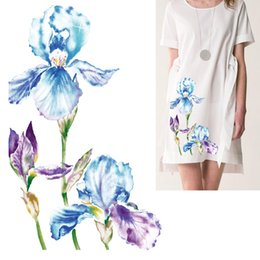 Cute-Patch Iris Flower Purple Embroidered Iron on sew on Patch Clothing Applique 2 Pieces Set