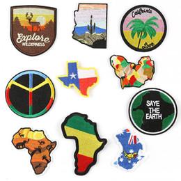 Canada Carte Du Monde Afrique Australie Patchs De Broderie pour Vêtements Sauver La Terre Fer À Coudre Sur Patch Applique DIY Badge Veste Jeans Vêtement Backpack Offre