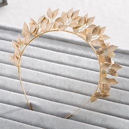 Tiara d'oro in oro online-Vintage Handmade Gold Leaf Hairband For Women tiara Wedding Headdress Hair Accessories Bridal Forehead Hair Jewelry headpiece