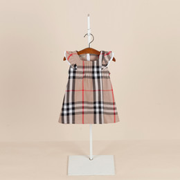 2019 vestido de rayas rojas blancas para niños vestido ocasional de la muchacha El comercio exterior corto de algodón vestido de la princesa de los niños de la manga multicolor nuevo verano nueva falda de cuadros estilo