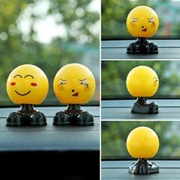 Carro do emoticon on-line-Carro Accessries Car Emoticon Ornamentos Balançando Cabeça Bonecas Bonito Dos Desenhos Animados Engraçado Criativo Tímido Expressão