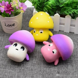 Good UPS Envío gratis Jumbo Squishy Slow Rising Super Soft Mushroom Squishy Toy Barato Squishy Descompresión Pan Relieve Stress T343 desde fabricantes