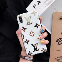 iphone gold spiegelschirmschutz Rabatt Ein stück mode luxus designer telefon fällen für iphone xsmax xr xs x 8 8 plus 7 7 plus 6 s 6 plus 6 rückseitige abdeckung handy fall