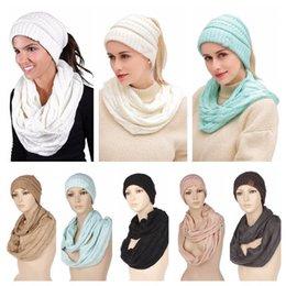 Ein Satz 1 Mützen + 1 Schal Weihnachtsgeschenkkappe Mädchen Hut Frauen Mützen Woolen Strickmützen Hals Schals Halstuch Kopfbedeckungen 7 Farben von Fabrikanten