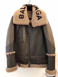 Veste en cuir d'agneau hommes en Ligne-Hommes 2019 « BAL sFur une veste manteau de l'armée en cuir d'agneau en peau de mouton avec une capuche pour l'automne d'automne printemps mâle taille plus vert circuitent