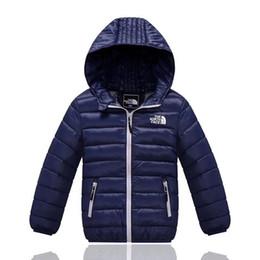 Niños niños abrigos de invierno online-Niños The North Brand Down Jacket Diseñador Juniors Winter Duck Pad Coats NF Outdoor Boy Girls Chaquetas con capucha Face Lightweight Coat C8802
