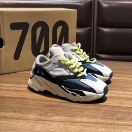 Sapatos de bebê cinza on-line-700 Crianças Sapatos Designer Runner Onda Sólida Cinza Inércia Mauve Bebê Sapatos Ao Ar Livre Kanye West 700 Tênis de Corrida Crianças Tênis Tamanho 28-35