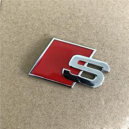 2019 badge audi noir 100 pcs En Métal S Logo Sline Emblème Badge Autocollant De Voiture Rouge Noir Avant Arrière Boot Porte Côté Fit Pour Audi Quattro VW TT SQ5 S6 S7 A4 Accessori badge audi noir pas cher