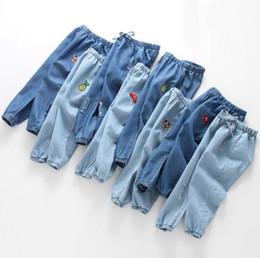 Mädchen dünne hose online-Korea Kinder Dünne Anti-Moskito-Jeans-Hose 2019 Cartoon Bestickte Elastische Taille Denim-Hosen Freizeithose
