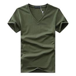 V neck shirts mens on-line-2019 Verão Mens Com Decote Em V T Camisa Mais Recente Algodão Tee Sólida Moda T-Shirt Casual de Manga Curta Slim Fit TOP Camisa para Vendas Por Atacado